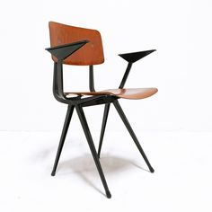 Result arm chair by Friso Kramer for Ahrend de Cirkel, 1950s