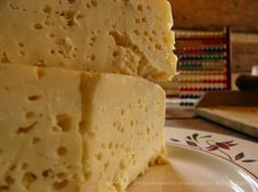 domácí sýr Homemade Cheese, Kefir, Cheese Recipes, Vanilla Cake, Dairy, Food And Drink, Bread, Desserts, Hampers