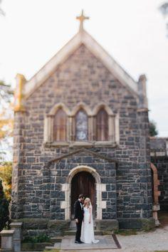 Classic vintage chic wedding at Montsalvat: http://www.stylemepretty.com/australia-weddings/2014/06/11/classic-vintage-chic-wedding-at-montsalvat/ | photography: http://luma-wedding-photography.com.au/