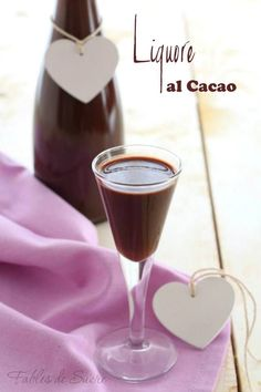 Cacao Facts 101 - Health Benefits of Cacao - Healthy Food Raw Diets Cocktail Drinks, Alcoholic Drinks, Cocktails, Cacao Recipes, Gourmet Recipes, Biscotti, Salsa Dulce, Homemade Liquor, Cold Brew Coffee Maker