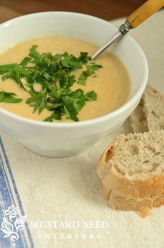 Amazing creamy cauliflower soup!!! Soooooooooo yummy!!!!!