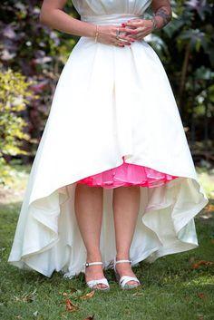 Give guests the prettiest pinkest peek of colored crinoline | Offbeat Bride