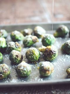 honey parmesan roasted brussels sprouts. oh yeah. salty and sweet. gotta try this.