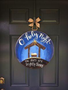 New letter door hangers diy christmas decor 46 Ideas Christmas Nativity, Christmas Wood, Christmas Time, Christmas Crafts, Christmas Ornaments, Christmas Letters, Nativity Ornaments, Wooden Ornaments, Christmas Door Decorations