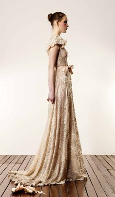 Anaessia - Vintage Knit Lace Gown
