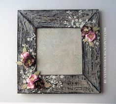 Picture Frame Crafts, Wood Picture Frames, Decorated Picture Frames, Wood Crafts, Fun Crafts, Diy And Crafts, Decoupage Box, Frame Wreath, Diy Frame