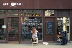 Hand lettering signs in exchange for lunch in NYC | WIll Letter for Lunch | By Lauren Hom