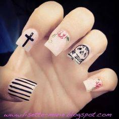 Beautiful Imperfections: Dia De Los Muertos Nails