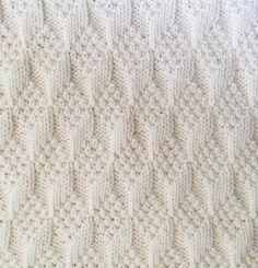 Knitting Pattern for Diamond Texture Reversible Baby Blanket