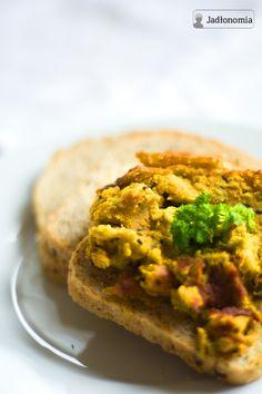 jadłonomia • roślinne przepisy: Co do chleba? Pasztet z soczewicy i marchewki
