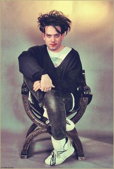 Robert Smith - the look we all fell in love with!