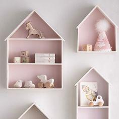 Wall mounted house shelves