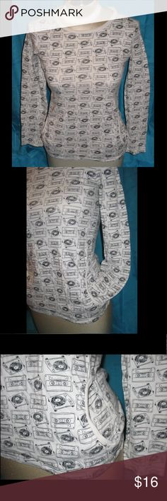 Cool Retro 80s B/W Turntables and Cassette Top Size XL youth, fit me when I was adult XS-S. It was so cool I couldn't resist. The pockets are big... They're the best part. Gently worn condition with no noticeable flaws. Crazy 8 Shirts & Tops Tees - Long Sleeve