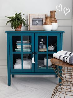 Fretwork - Trellis - Overlays - Furniture Appliques - Malm Kits - Mirror - Lattice - Refurbish Transform your IKEA® furniture with Moonwallstickers decorative panels. You will be surprised by the final result! The opportunities to make the most of your IKEA® furniture are endless! The elegant and