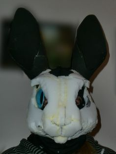 excellent pictorial on speed rabbit head making