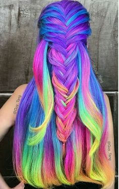 16 Rainbow Hair Color Ideas You'll Go Crazy Over - Hair - Hair Designs Short Curly Hair, Curly Hair Styles, Pelo Multicolor, Coloured Hair, Bright Colored Hair, Unicorn Hair, Dream Hair, Cool Hair Color, Amazing Hair Color