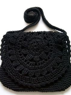 VMSom Ⓐ Koppa: Guaranteed durable bag? No pattern but looks like a round motif sewed as a flap to the purse crochet bag, add sequins and black pearls. the most beautiful crocheted bag I've ever seen ! crochet black bag - i've seen this done up with many Bag Crochet, Crochet Diy, Crochet Handbags, Crochet Purses, Love Crochet, Beautiful Crochet, Crochet Crafts, Crochet Stitches, Crochet Projects