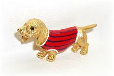 JJ Dachshund Doxie Wiener Dog pin brooch  J.J. Red by dollherup