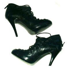 CARLOS SANTANA BLACK HIGH HEEL BOOTIE NEW NEVER WORN LACE STYLE 3.5 HEEL Carlos Santana Shoes Ankle Boots & Booties
