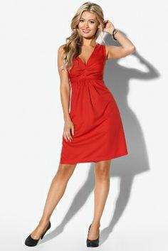 Une #robe de cocktail rouge indémodable pour la Saint Valentin.