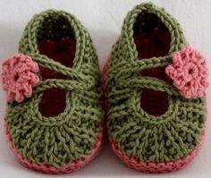 free pattern crochet baby girl shoes