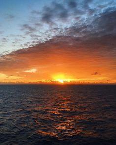 25 de dezembro de 2016 às 06:01 em algum lugar do oceano Atlântico Sul!  Se isso não é Deus não sei o que é!