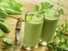 You can't bottle great skin, but you can drink your way to it. Try celebrity nutritionist Kimberly Synder's recipe and get glowing.
