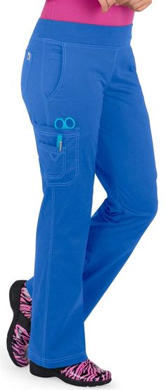 Scrubs - by Med Couture Yoga Cargo Scrub Pant Más Healthcare Uniforms, Med Couture Scrubs, Cute Scrubs, Work Uniforms, Medical Scrubs, Nursing Clothes, Womens Fashion For Work, Dance Wear, Scrubs Uniform