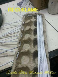 Na vaji ka 2 Rug Making, Pattern Paper, Baskets, Weaving, Arts And Crafts, Organization, Rugs, Knitting, How To Make