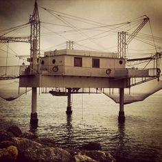 I nostri capanni da pesca sono bellissimi (e anche futuribili)  #Ravenna Photo by rudyshecat