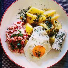 #dinner #newpotatoes #friedegg #radish #set#curd#dill #młodeziemniaczki #surówkazrzodkiewki#cebulka #koperek