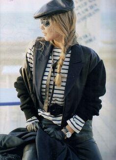 'Brise Marine Sur Le Cuir Noir' from……..Elle France November 1988 feat Claudia Schiffer & Unknown