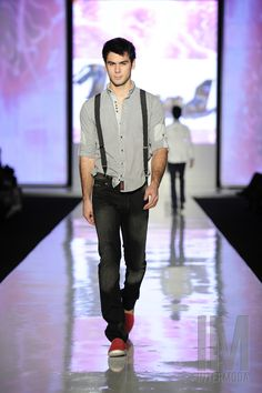 Pasarela General  -Proud/ Royal Denim, casual caballero