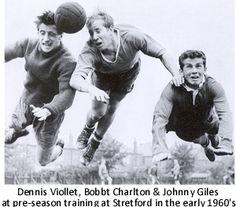 Manchester United's Dennis Violett, Bobby Charlton and Johnny Giles in training. http://bonus-alarm.com/exclusive-casino-bonuses/
