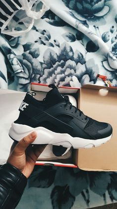 Buy and sell authentic Nike Air Huarache Run Ultra Black White shoes and thousands of other Nike sneakers with price data and release dates. Huarache Run, Zapatillas Nike Huarache, Black Huarache, Nike Shoes Huarache, Nike Air Huarache White, Souliers Nike, Black Nike Shoes, Black Shoes Sneakers, Hype Shoes