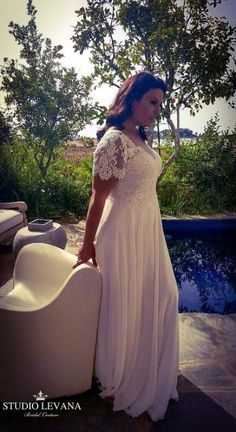 Beautiful boho plus size wedding gown with vintage lace and short sleeves. Beautiful boho plus size wedding gown with vintage lace and short sleeves. Wedding Gowns With Sleeves Plus Size, Plus Size Wedding Gowns, Black Wedding Dresses, Boho Wedding Dress, Designer Wedding Dresses, Plus Size Dresses, Bridal Dresses, Boho Gown, Lace Wedding