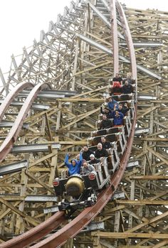 Steel Vengeance is next in Cedar Point's successful history Best Amusement Parks, Amusement Park Rides, Abandoned Amusement Parks, Scary Roller Coasters, Roller Coaster Ride, Parc A Theme, Fair Rides, The Buckeye State, Cedar Point