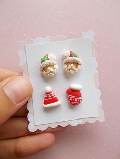 Christmas Earrings - Mittens Earrings - Christmas Jewelry - Christmas Gifts - Secret Santa Gift - Christmas Studs. #affiliate #christmas #christmasearrings #polymerclay #studearrings