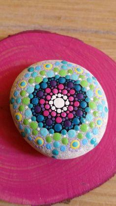Sieh dir dieses Produkt an in meinem Etsy-Shop https://www.etsy.com/de/listing/463965148/mandala-stone