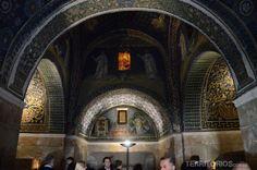 """Mausoleo de Galla Placidia - """"Ravenna, a cidade dos mosaicos"""" by @blogteritorios"""