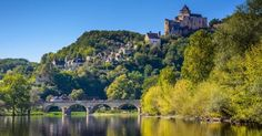 """DORDOGNE. On the road to the stars of They touched the stars … but it could have been the Moon, here are the dreams of the ambitious restaurateurs. As we know, in the south-west of France, in Dordogne to be exact, the chefs are very """"enlightened."""" The region is beautiful, the villages are welcoming, the countryside is lush and hilly, vines are full of sunshine, and the chefs stay inspired, so we take you on a culinary journey to the kingdom of the stars."""