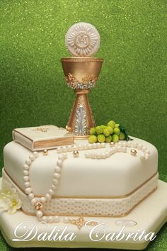 decoracao de primeira comunhao bolo ostia