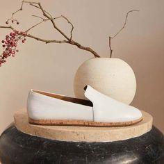 Hempstead Slip On Loafer Flat – Aerosoles Peanut Butter Swirl Brownies, Bootie Boots, Ankle Boots, Aerosoles, Over 60 Fashion, Shoe Wardrobe, Minimalist Chic, Front Runner, Shoe Deals