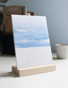 2019 Desk Calendar with Wooden Stand, 2019 Calendar, Office Decor, Office Calendar, Gift for H Office Calendar, Diy Calendar, Photo Calendar, Printable Calendar Template, Desk Calendars, Kalender Design, Poster Design, Gifts For Coworkers, Grafik Design