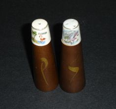 Vintage Collectible Florida State Salt and Pepper Shakers with Flamingo decorations. by flyingdollar on Etsy https://www.etsy.com/listing/101013294/vintage-collectible-florida-state-salt
