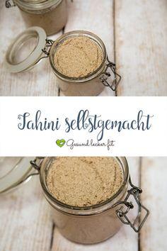 Wenn du schon einmal Hummus selbst gemacht hast, dann kennst du Tahini sicherlich. Falls nicht: Was ist Tahini überhaupt? Egal ob Tahin, Tahina oder Tahina. Gemeint ist eine feine Sesampaste, welche ein fester Bestandteil der orientalischen Küche ist. Sesam ist reich an an Magnesium, Eisen, Calicum und B-Vitaminen.