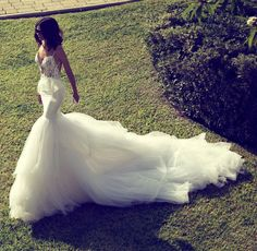 Showstopper! Zahavit Tshuba Wedding Gowns. #Dress #Celebstylewed #Bridal. @Celebstyleweds