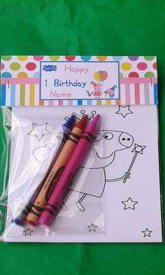 This article includes 10 set Peppa Pig inspired The bags are custom so when you Peppa Pig Birthday Cake, Birthday Name, 3rd Birthday Parties, Birthday Party Favors, Kids Party Decorations, Kids Party Themes, Cumple George Pig, Cumple Peppa Pig, Pig Party