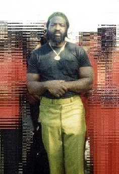 Jeff Fort - Co-founder of the Black P. Stones gang in Chicago, and founder of its El Rukn faction. Prisoner at ADX Florence, the United States supermax federal prison in Florence, Colorado. Gangster Quotes, Real Gangster, Gangsters, Harlem, Chicago Street, Federal Prison, Black History Facts, My Kind Of Town, Thug Life