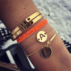 Gold Jewelry for any purpose Jewelry Accessories, Fashion Accessories, Fashion Jewelry, Jewelry Design, Bracelet Initial, Bangle Bracelets, Bangles, Golden Jewelry, Mode Inspiration
